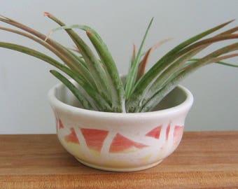 Air Planter, Small Prep Bowl,  Stoneware Ceramic Pottery Bowl, Handmade Spice Bowl, Salt Bowl, Salt Cellar with Triangle Design
