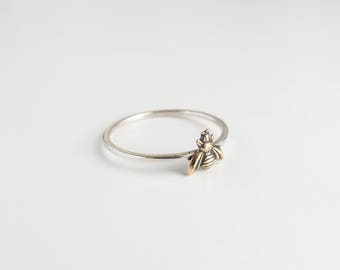 Bee Ring - Tiny Bee Jewelry - Bee Charm - Honeybee Ring - Queen Bee Ring - Dainty Ring - Bug Jewelry - Bohemian Ring - Bee Charm - Boho