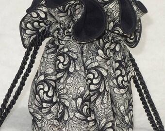 Anti Tarnish Jewelry Bag in Black and Ivory Swirly Noire