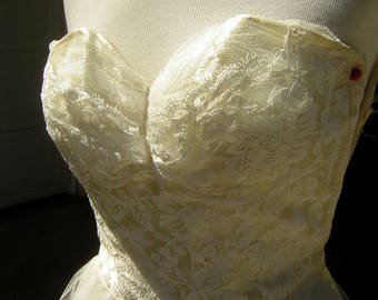 Vintage 50s Strapless Wedding Gown Tulle & Lace XS XXS - Rescued Treasure TLC