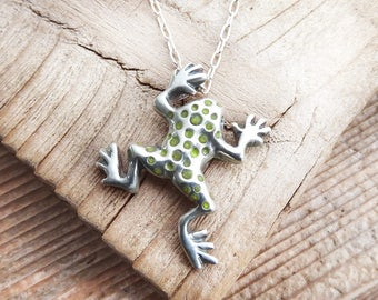 Sterling silver frog necklace, tree frog jewelry, frog pendant, amphibian, animal jewelry, girlfriend gift for her