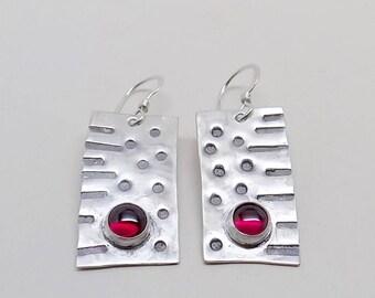 Garnet earrings  in sterling silver.