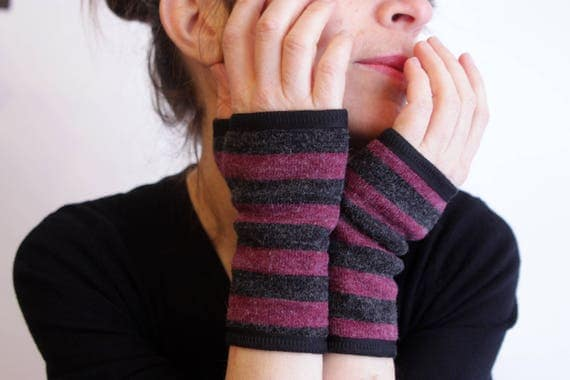 Short glove stripe, Heather grey and purple acrylic wool and cotton jersey