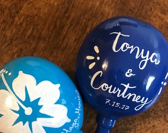 Maracas Hibiscus design (20 pieces) personalized hand painted with your names and wedding date