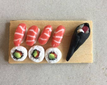 Sushi Board Magnet With 8 Pc. of Sushi