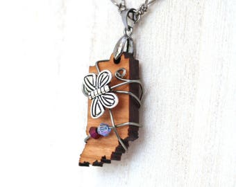Indiana Wooden Pendant Necklace