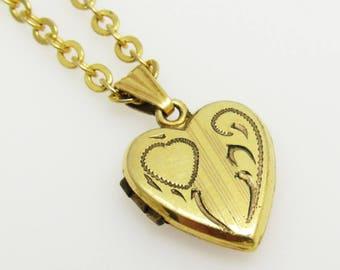 Vintage Heart Necklace Locket Petite N5103