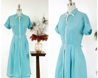 Vintage 1950s Dress - Lovely Lightweight Cotton Blend 50s Day Dress with White Trim and Cuffed Sleeves