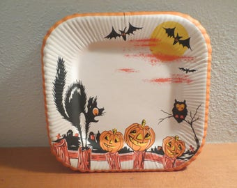 Vintage Halloween Paper Plate / Square Shaped / Cat Pumpkin Bats Owl / Jack-O-Lanterns