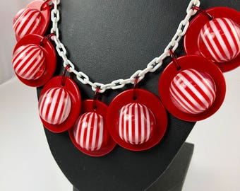 Red White Stripe Disc Necklace, Candy Stripe Lucite Necklace, Celluloid Statement Necklace, 1940's 1950's Unusual Vintage Costume Jewelry