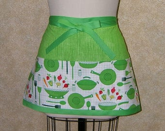 Wok dinner apron half bright green striped deep pockets 3 section cotton lined top stitched carrots peas red onion radishes beets fry pan