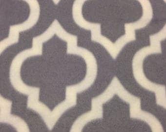 RaToob, Gray and White Morrocan Design