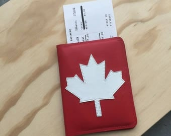 Book Style Leather Passport Holder // Maple Leaf Passport Cover // Canadian Passport Case // Canada Passport Protector // Gift for Canadian