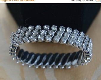 ON SALE Pretty Vintage Rhinestone Expansion Bracelet, Silver tone (AL1)