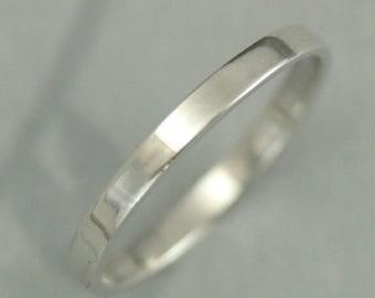 Flat Platinum Band~Flat Platinum Ring~Pipe Edge Band~Pipe Edge Ring~Women's Platinum Ring~Women's Platinum Band~2mm Straight and Narrow