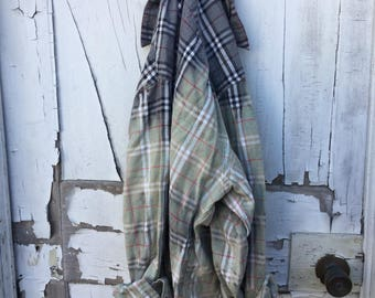 IMPERFECT Sz 2xl grey black red Faded Vintage Wash Flannel