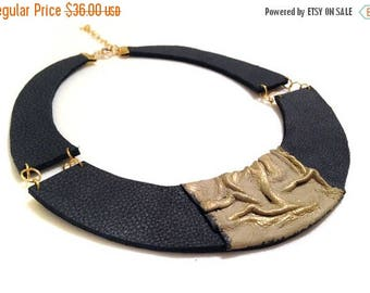 40% OFF SALE Stylish leather necklace. Leather jewelry. Elegant statement necklace.