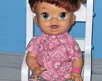 Snackin Sara, Baby Alive, Pink and Gray, Top and Shorts , Fits 15 16 Inch Doll,   Doll Clothes