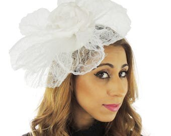 White Fascinator Kentucky Derby or Wedding Hat **SAMPLE SALE