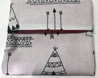 MamaBear Tuckables Pouch, Small (4 x 4) - Cloth Menstrual Pads, Wipes, Snacks, & more - Sketched TeePees