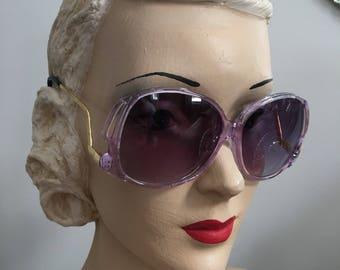 Vintage 1970s Purple Lens Sunglasses Goldtone Metal Frames
