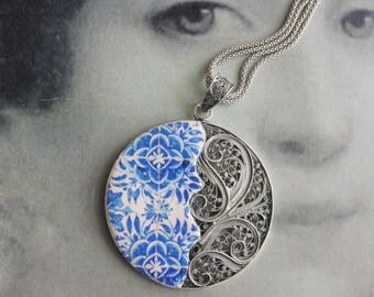 Portugal Sterling Silver  FiLIGREE Necklace - Tomar Cloister - Convent of Christ built in 1160 - 16th Century Camellias