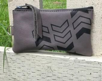 ZIP POUCH - custom leather pouch - leather zipper pouch - custom zipper case - leather wallet - leather pencil pouch - neon chevron bag