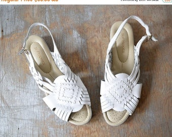 20% OFF SALE white woven leather sandals, vintage huarache sandals, boho slingback sandals, size 8.5 shoes