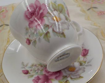 Vintage Fine Bone China Tea Cup and Saucer - Made in England - Gold Gilding - Sadler - Wellington - Shabby and Chic