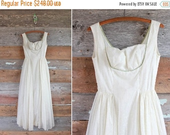 SALE 1950s wedding dress | 50s wedding gown | size xxs