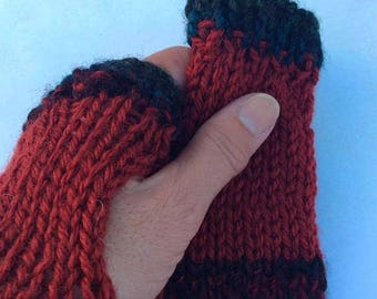 On Sale Fingerless gloves wrist warmers. Handknitted fingerless gloves.Woollen fingerless gloves.