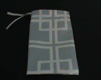 Duck Cloth Drawstring Pouch Silver With White Square Pattern