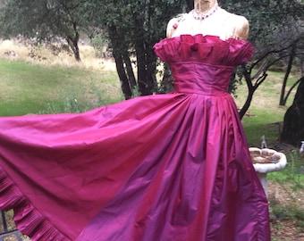 Vintage Designer Victor Costa Raspberry Pink Taffeta Full Ruffled Ball Gown 8