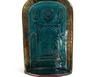 Hecate's (Hekate's) Shrine Handmade Raku Pottery
