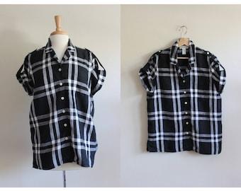 Vintage 1990s White & Black Plaid Linen Top