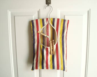 Striped clothespin bag, 36 vintage wood clothespins, laundry day, old school clothes pegs, red white yellow and blue, cottage style