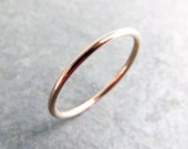 14k Rose Gold Wedding Band in Choice of Finish - Smooth, Hammered, or Brushed / Matte / Satin Full Round Simple Thin Plain Halo Wedding Ring