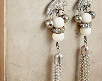 Vintage Tassel Earrings, Art Deco Jewelry, Wedding Day Earrings, Silver Tassel Jewelry, Rhinestone Dangle Earrings