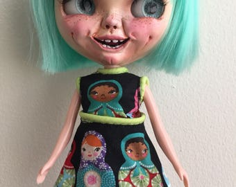 Russian doll dress for Blythe doll