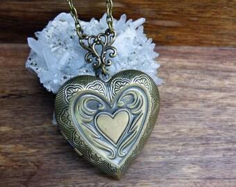 Sale - Heart Photo Locket - Antique Bronze Double Heart Design - Women's Jewelry - Brass Locket - Handmade Jewelry