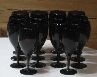 Unmarked Set of 14 Amethyst Glass 16 Oz. Ice Tea Goblets/Glasses  Excellent