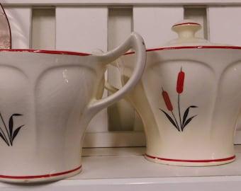 Vintage Creamer and Sugar Set Cattail Pattern Universal Cambridge Vintage Kitchen Dinnerware