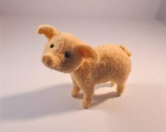 Needle Felted Pig, Felted Pig, Needle Felted Animal, Wool Pig, Needle Felt Pig, Farm Animal, Needle Felted Farm Animal, Needle Felt, Piggy