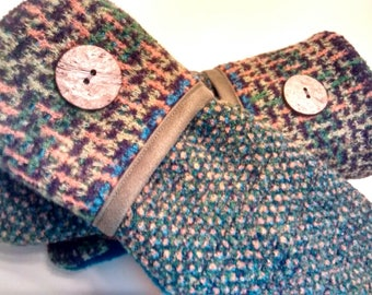 Colorful tweed, medium mittens, recycled sweaters, women's mittens, fleece lined mittens