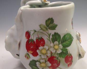 Garden Berry, Porcelain Vase, Tiny Shiny Home Decor, Gold Lustre White, Angels, Flowers