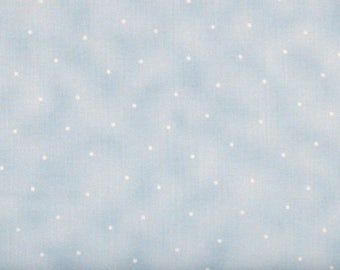 ON SALE Very Light Blue Texture with Dots 100% Cotton Quilt Fabric Blender for Sale, Maywood Studios Simpatico MAS569-B5, Fat Quarter, Yarda