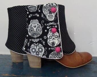 SHORT LEGGINGS black Calaveras and polka dots