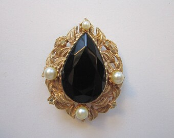 vintage WEISS brooch - large teardrop center stone, signed Weiss - gold tone leaves, faux pearls, rhinestone