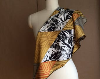 SALE! vintage 90's 1990's color block scarve / silk scarf / Made in Italy / earthtones