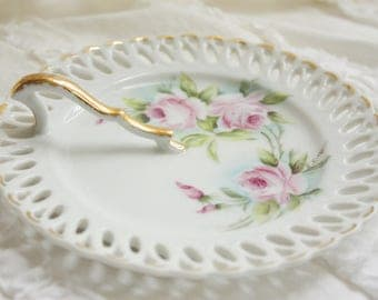 Handpainted small Handled Dish - roses - Shabby Chic